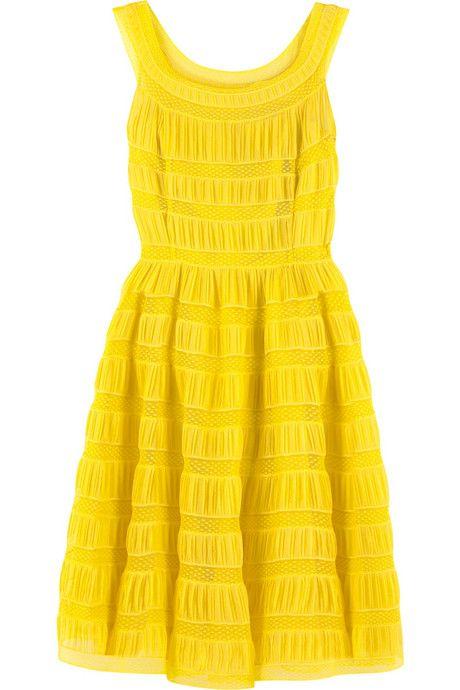 yellow dress = perfect!