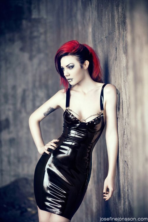 hair, hair color, red, red hair, clothes, dresses, black