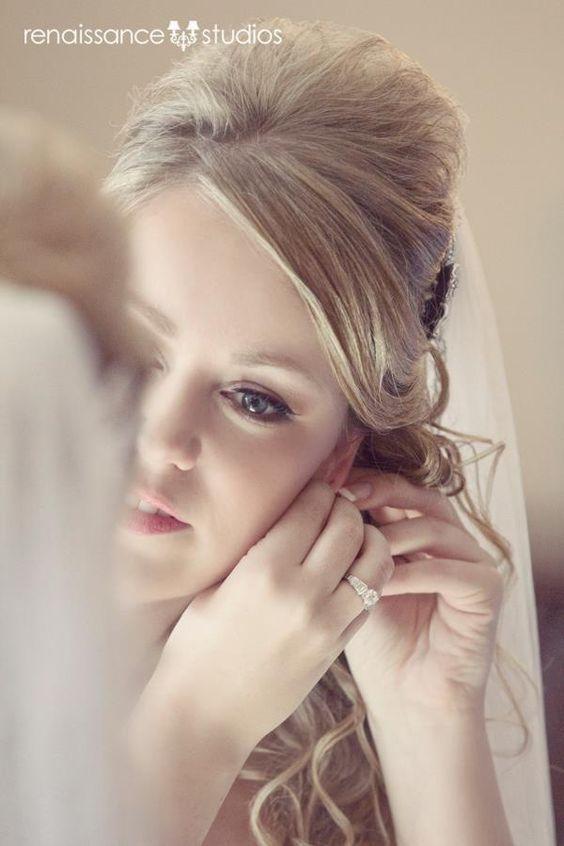 shot reference great bride getting ready portrait @Casey Dalene Dalene Dalene Renee