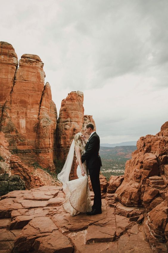 Elope on top of Cliffs || Jane in the Woods || Sedona & Destination Wedding Photographer, Planner & Florist
