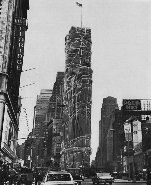 A Christo-wrapped building in Times Square, 1968.