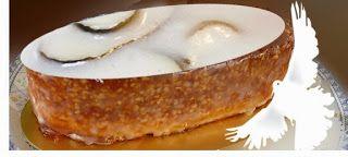 """Recette du gâteau de Pentecôte traditionnel : le colombier provençal - Ce gâteau porte-bonheur est un dessert ancien, de tradition, véritable """"gâteau de la paix"""", il est préparé avec des amandes, des fruits confits et une fève en forme de colombe. Découvrez l'origine de ce dessert, ses symboles et sa recette originelle."""