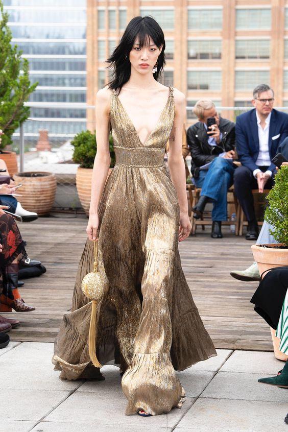 Oscar de la Renta Spring 2019 Ready-to-Wear Fashion Show Collection: See the complete Oscar de la Renta Spring 2019 Ready-to-Wear collection. Look 58