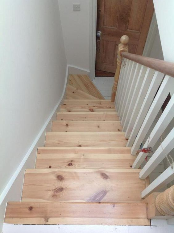 Lovely light studio flat in s c loft conversion from for Terrace stairs