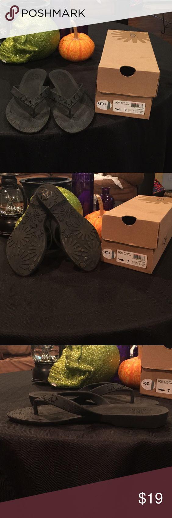 Ugg Australia Sandals Size 7 Comfy black Ugg Australia sandals Size 7 UGG Shoes Sandals