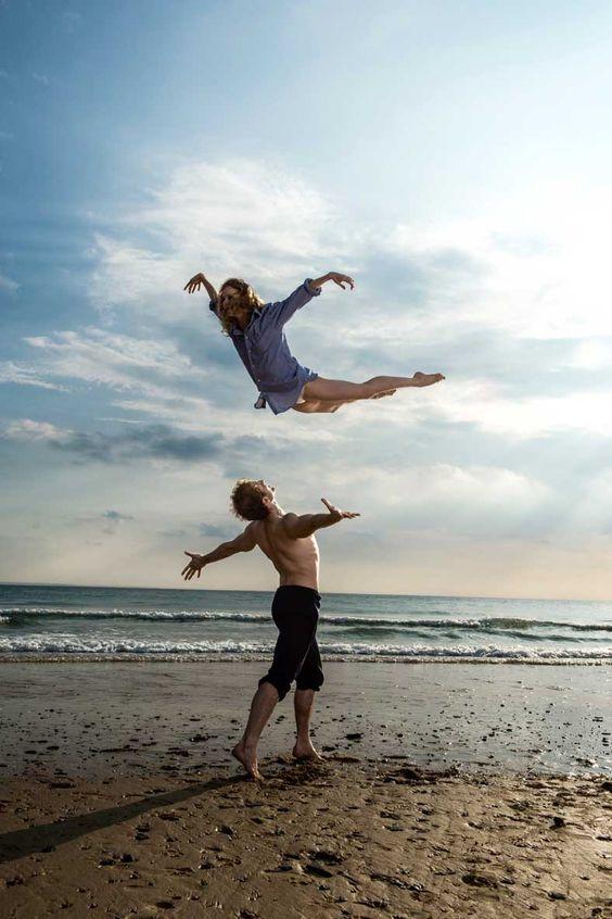 François Alu et Léonore Baulac, Premiers danseurs du Ballet de l'Opéra national de Paris photographiés par Jullien Benhamou. D.R.