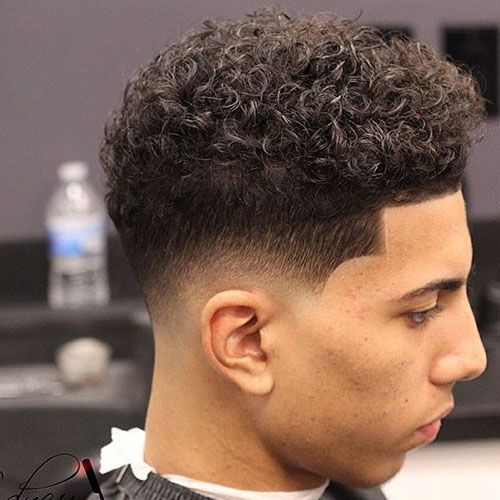 Low Fade With Curls And Edge Up Curly Hair Fade Low Fade Curly Hair Curly Hair Men