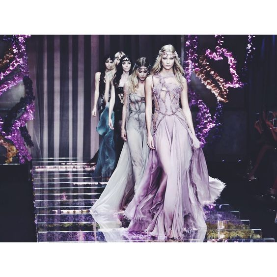 Good night with Atelier @versace_official #aw15 #haute #couture #finale #KarlieKloss #peterxu #digitalpimp #bestshot