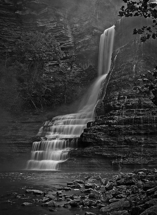 I Love This Stunning Black And White Landscapes Blackandwhitelandscapes Black And White Landscape Black And White Photography Black And White Photographs