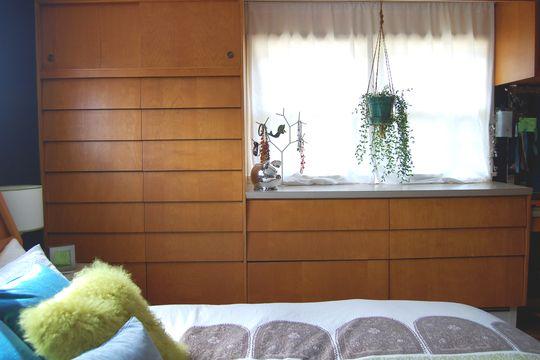 mid century drawers benjamin moore gentleman 39 s grey paint 5147670074c5b60d2200152c. Black Bedroom Furniture Sets. Home Design Ideas