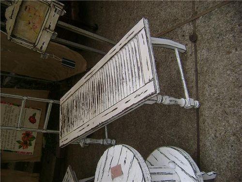 mesa de veneziana para a varanda