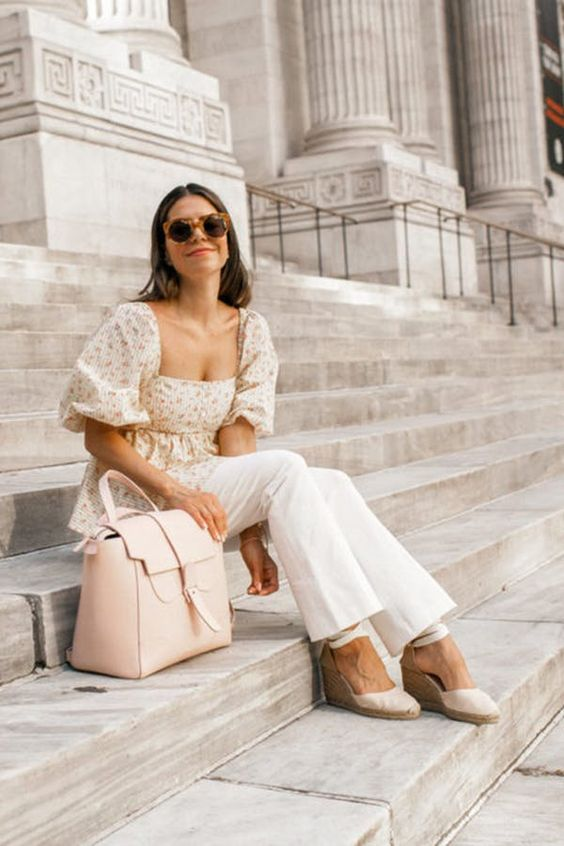 PLAY WITH VOLUME. 31 Fabulous Outfit Ideas for Every Day in August #purewow #summer #fashion #style #streetstyle #outfitideas #summeroutfits #summerfashion #summeroutfitideas