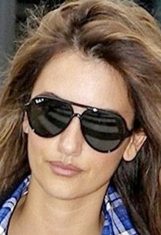 ray ban sunglasses aviator tortoise  what sunglasses does penelope cruz wear? penelope cruz is rockin' a pair of ray ban cats, these sunglasses have a super cool feel to them.