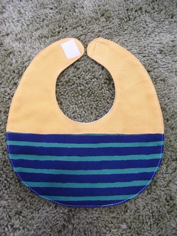 *KOBA BABY*赤ちゃん用よだれかけ(スタイ)になります。※こちらの商品は新品です。color:YELLOW×GREENsize:FREE(...|ハンドメイド、手作り、手仕事品の通販・販売・購入ならCreema。