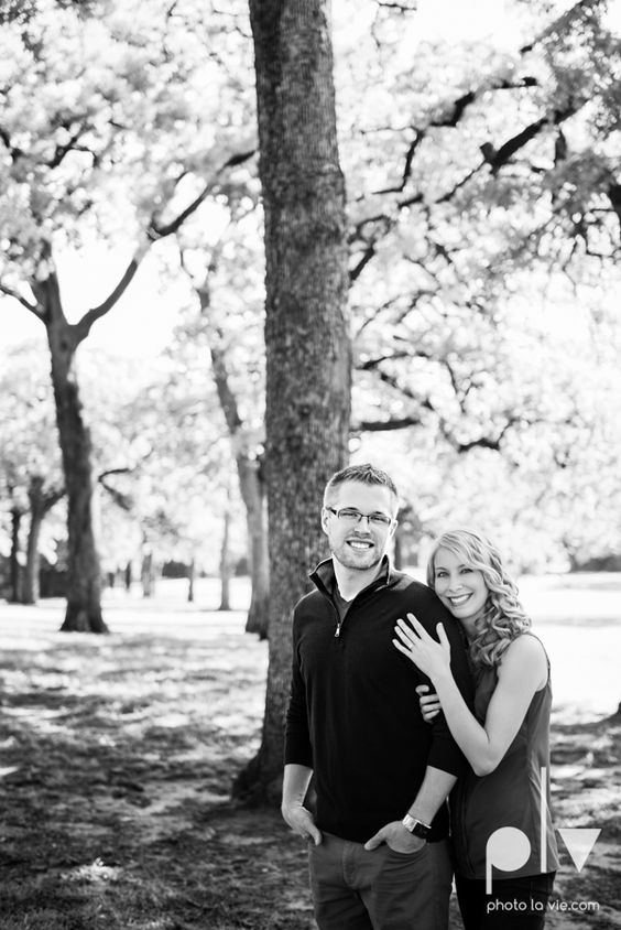 Allison JT wedding engagement session Dallas Texas Tx opportunity park pavilion architecture spring summer outside outdoors trees green modern Sarah Whittaker Photo La Vie