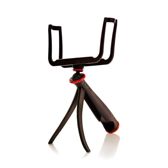 The SlingShot from WOXOM is the first insanely affordable, easy-to-use handheld smartphone video stabilizer for shooting video or stills. Invented by Charles Waugh a professional photographer, artist and design engineer.