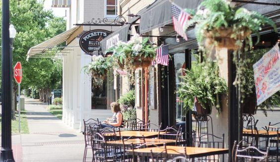 BEST of Franklin, Tennessee | Puckett's in Downtown Franklin, Tennessee