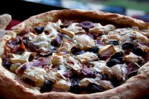 Dear god, yes! Who doesn't love brie and figs and pizza?! The rest of this blog is equally worth the read and trying of recipes.