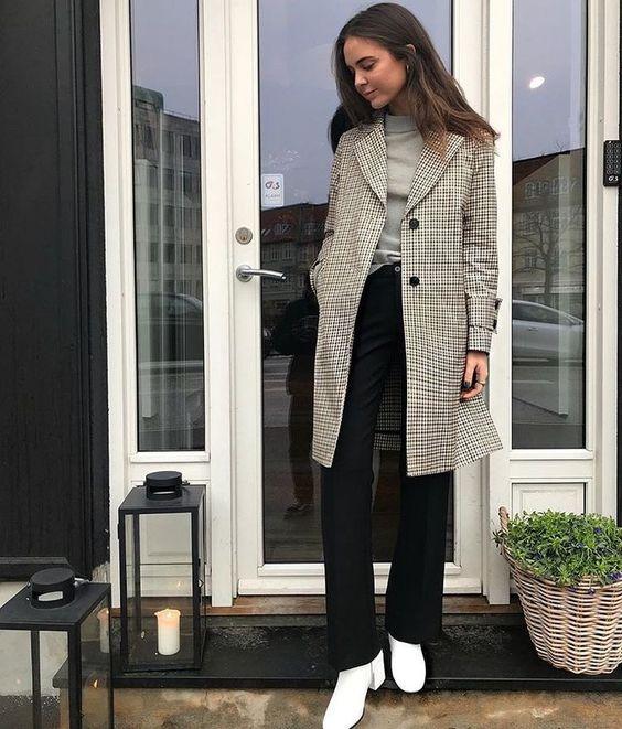 Autumn - Fall - Winter - jackets - Street Style - A/W - 18/19 - Inspiration - Fashion - Anniken - Annijor - Olsen Twins - Shoes - Boots - OOTD - Zoella - Zoe Sugg - Fashion Blogger - Blogger