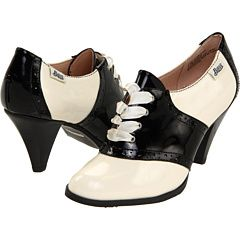 Sock-hop sophistication. I can imagine these being perfect with my ska-checkered cardigan.