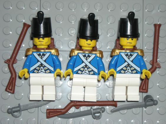 LEGO 3 IMPERIAL GUARD Bluecoat Minifigure Soldiers Guns/Swords/Gold Epaulettes #LEGO