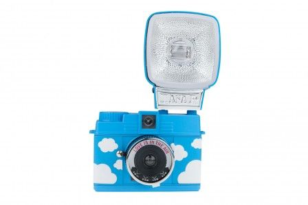 Lomography Diana Mini and Flash Love is in the Air – Lomography Online-Shop
