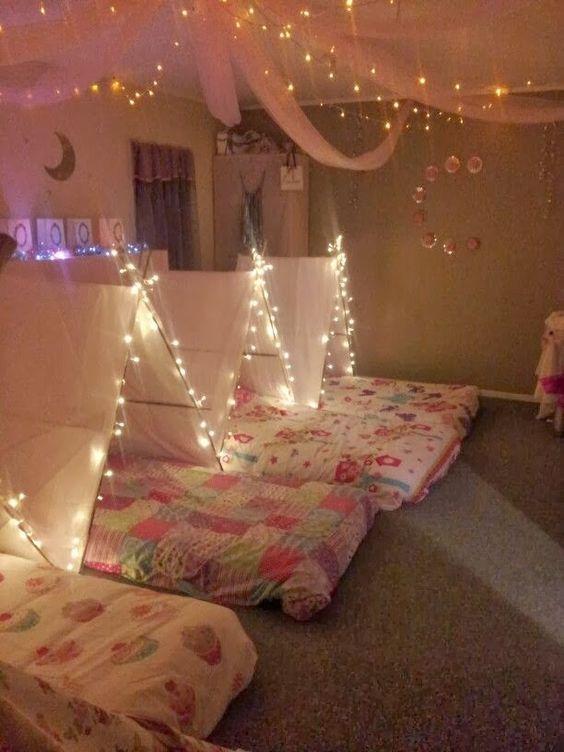 Crafty texas girls 18 slumber party ideas party planning - Ideas 18 cumpleanos chico ...