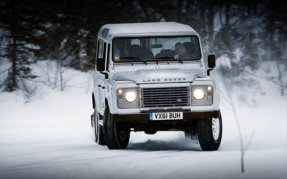 Land Rover Defender Vs Dacia Duster Topgear Land Rover