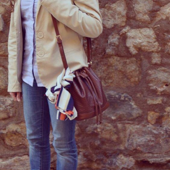 Más detalles en www.ideassoneventos.com #ideassoneventos #imagenpersonal #imagen #moda #ropa #looks #vestir #fashion #outfit #ootd #style #tendencias #fashionblogger #personalshopper #blogger #me #lookoftheday #streetstyle #outfitofday #blogsdemoda #instafashion #instastyle #instalife #job #myjob #currentlywearing #clothes #casuallook #blazeryzapatillas