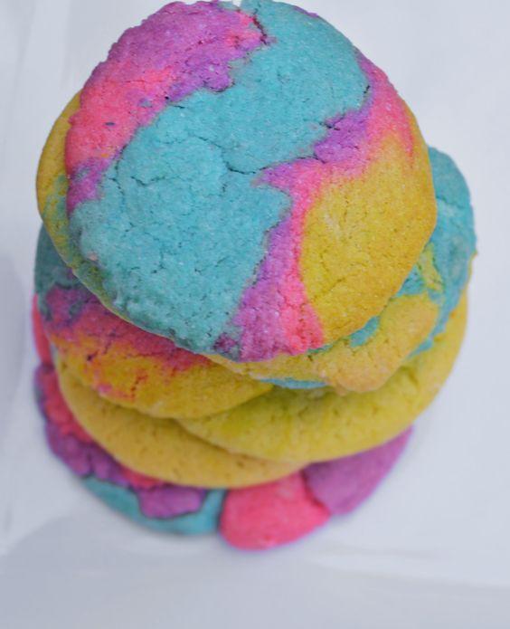 Maninis gluten free baking mixes make delicious treats, create edible art. #maninis #maninisgfree