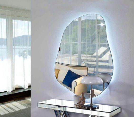 Speil med med ledlys modell DRÅPE II. www.mirame.no Vi ønsker dere ...