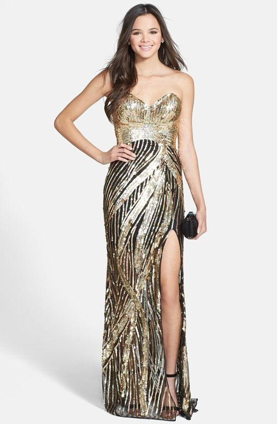 Sequin Sweetheart Strapless Gown (Juniors)