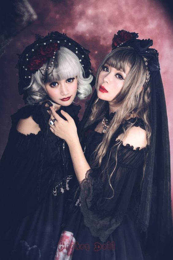 Broken Doll ~Moon Wolf~ Hime Sleeves Lolita Blouse - My Lolita Dress