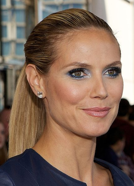 heidi klum ponytail eyebrows german women and celebrity. Black Bedroom Furniture Sets. Home Design Ideas