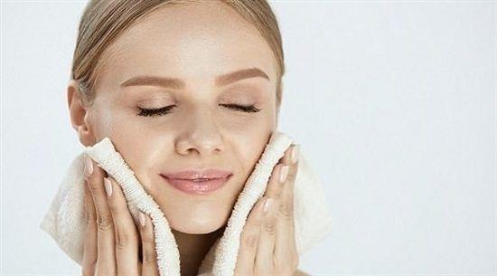 وصفات طبيعية لعلاج حبوب البشرة الدهنية ودعى الألم والمفاجآت غير السارة اليوم السابع تعان In 2020 Natural Skin Tightening Skin Tightening Face Skin Tightening Cream