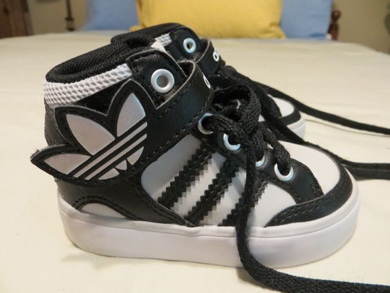 Toddler Size 4 Black & Light Gray Adidas High Top Trefoil Logo Shoes Worn ONCE