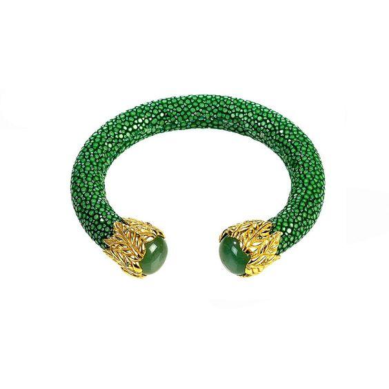Stingray Bangle With Stone Gold (Jade & Chrysopase)