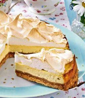 Käsekuchen mit Baiser: http://kochen.bildderfrau.de/rezepte/rezept_baiser-kasekuchen_319436.aspx  #kuchen #käsekuchen