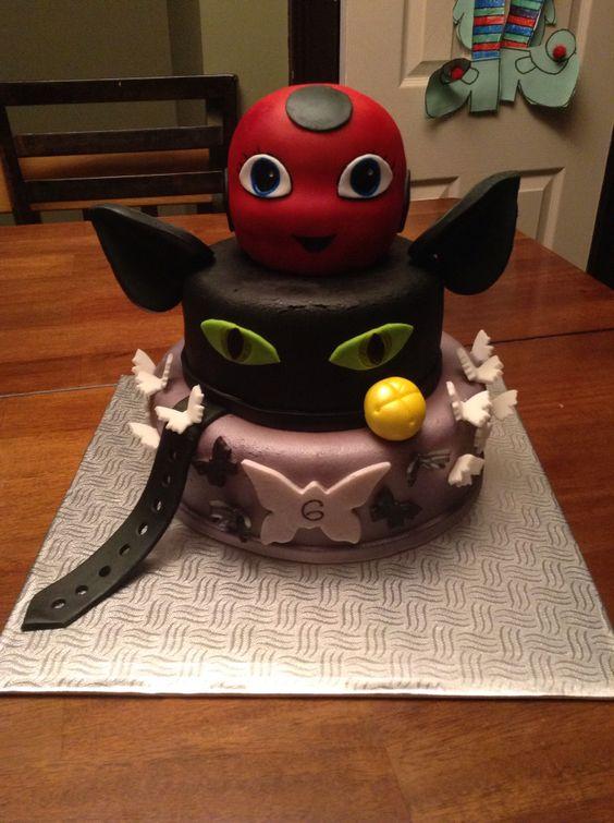 Miraculous Ladybug et chat noir. Gâteau. Cake.: