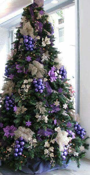 Best Christmas Tree Decor Ideas Inspirations For 2019 Hike N Dip Purple Christmas Tree Decorations Purple Christmas Tree Amazing Christmas Trees