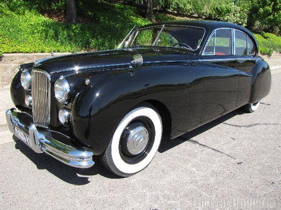 1952 Jaguar Mk7 Saloon, possibly my favorite car.