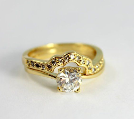 Pin for Later: 26 Stunning Engagement Rings That Cost Under $50  Zirconia Diamond Ring ($32)
