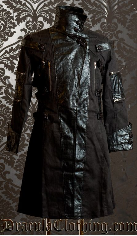 Beauuuutiful make goffik coat.  Might be good for modifying for my Someday. :)