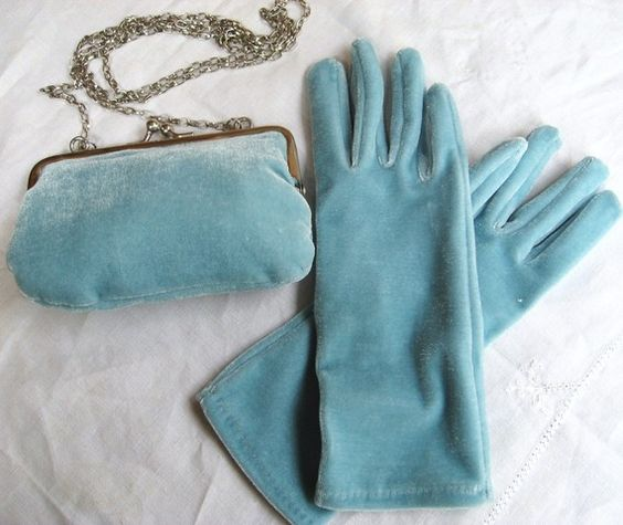 Vintage BLUE VELVET GLOVES and Matching Purse, Never Been Used