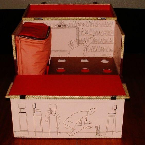 1952 Portable Travel Bar Case Luggage holds Liquor & Wine bottles. Party like the 50's Jet Set. Mid Century Modern.