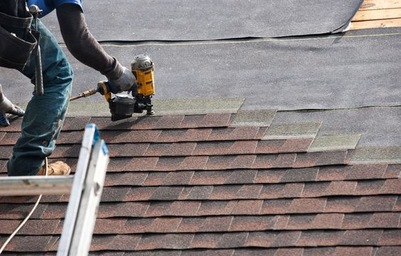 If you are looking experienced roof contractors in Long Island for roof maintenance, roof installation or even roof repair services, call the experts at Payless Roofing & Gutter today!