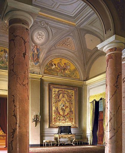 Modest Interior Modern Style Ideas
