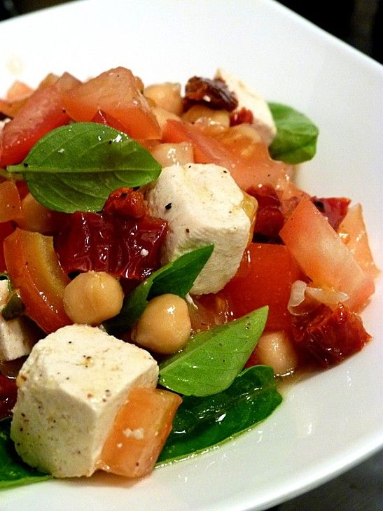 ... tomatoes and more livres salads chickpeas tomatoes basil vegans tofu