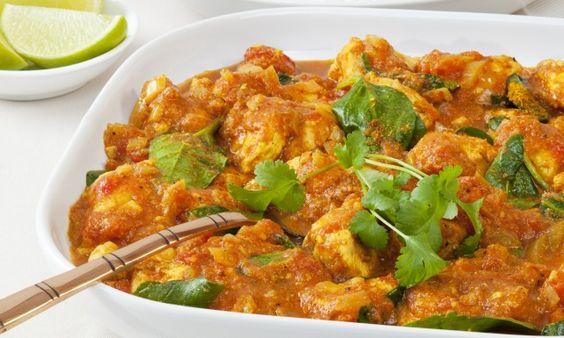 طريقة عمل المرقوق باللحم والخضار Recipe Healthy Eating Recipes Recipes Curry
