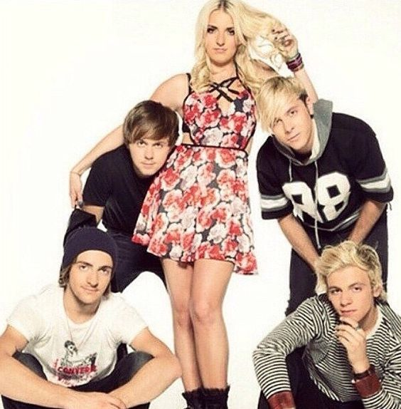 ❤️you guys. Rydel is so beautiful